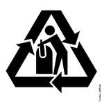 A embalagem é uma importante ferramenta de comunicação, que pode ser trabalhada como instrumento de Educação Ambiental. Por meio dos Símbolos de Reciclagem, o consumidor poderá identificar de maneira rápida e fácil que a embalagem é reciclável e que deve ser descartada seletivamente visando facilitar o seu encaminhamento para a indústria recicladora. <br /><br /> Palavras-chave: coleta seletiva, reciclagem, lixo, vidro.
