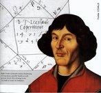 Nikolaj Kpernik, conhecido entre nós pelo nome latinizado de Copérnico, nasceu em Torun, na Polónia, em 1473. Desde cedo verificou que a teoria geocêntrica de Ptolomeu, que colocava a Terra no centro do Universo, era complicada e pouco satisfatória. A maior parte do problema podia ser resolvida removendo a Terra da sua posição central e substituindo-a pelo Sol. Esta sua tese está descrita no livro De Revolutionibus Orbium Coelestium relativo ao movimento orbital dos principais corpos celestes conhecidos no seu tempo. <br /><br /> Palavras-chave: Copérnico, astronomia, Ptolomeu, Sistema Geocêntrico, Sistema Heliocêntrico, Sol, Terra, De Revolutionibus Orbium Coelestium (livro).