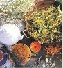 """Fitoterapia é a utilização de vegetais em preparações farmacêutica (extratos, pomadas, tinturas e cápsulas) para auxílio ao tratamento de doenças, manutenção e recuperação da saúde. Fitoterapia vem do idioma grego e quer dizer """"tratamento"""" (therapeia) """"vegetal"""" (phyton). O uso de plantas medicinais na fitoterapia vai desde as formas mais empíricas e tradicionais até as científicas. <br /><br /> Palavras-chave: fitoterapia, vegetais, saúde, tratamento."""